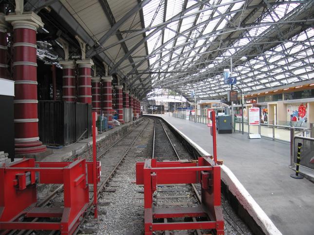 Liverpool Lime Street Platform 7 Looking East