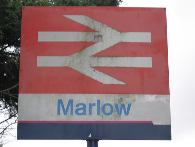 Singles marlow
