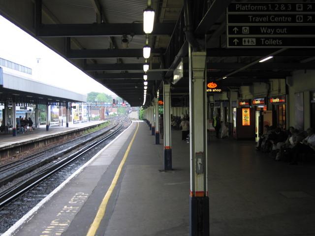 2e90359c6 Southampton Central platform 4 looking east